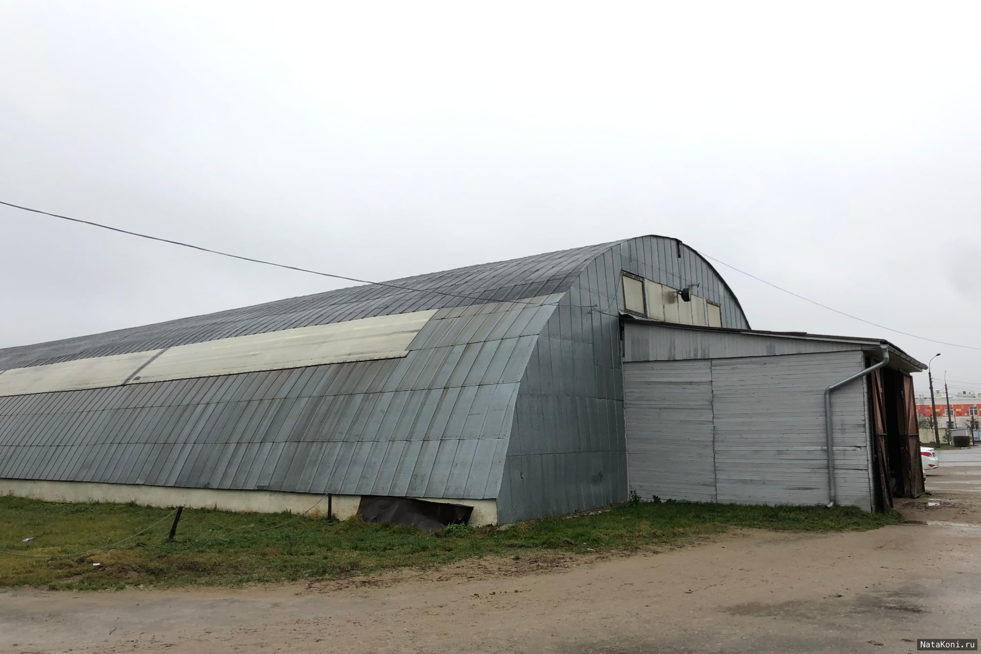 Крытый манеж на территории КСК Ромашково (Ната Кони)